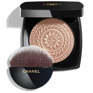 Chanel Metal Peach Highlighter